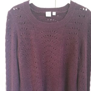 Gap burgundy sweater with cut-out detail.